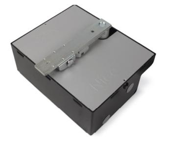 Привод для распашных ворот Nice BM5024 c фундаментной коробкой с катафорезным покрытием BMBOX- 2 комплекта